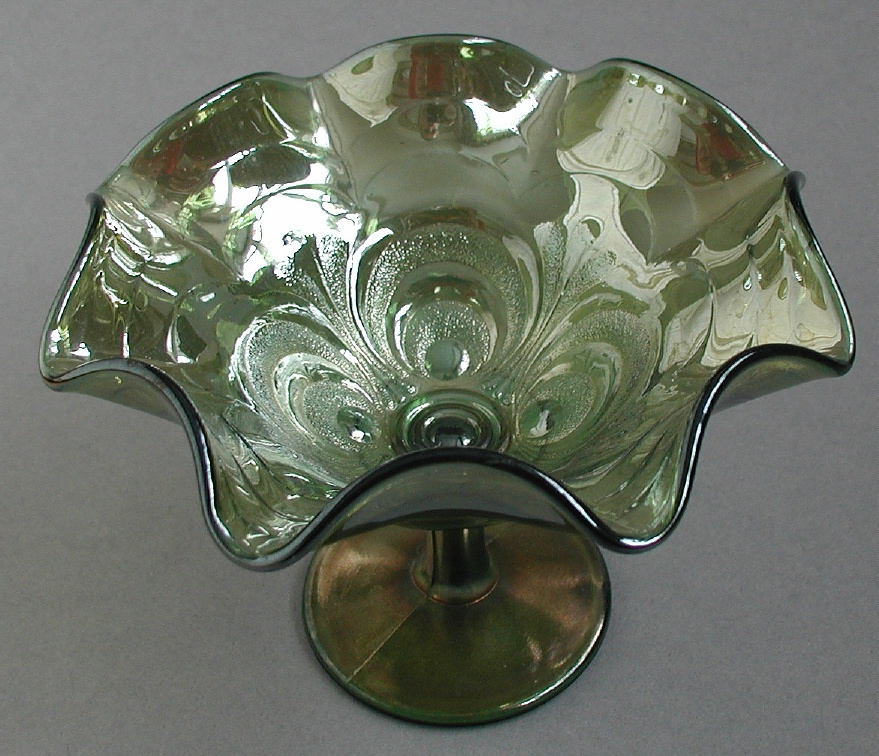 Scroll Embossed compote, helios