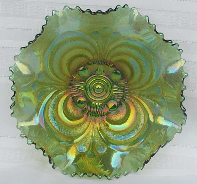 Scroll Embossed 8ruffled bowl, green