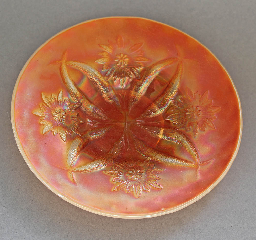 Four Flowers plate in peach opal