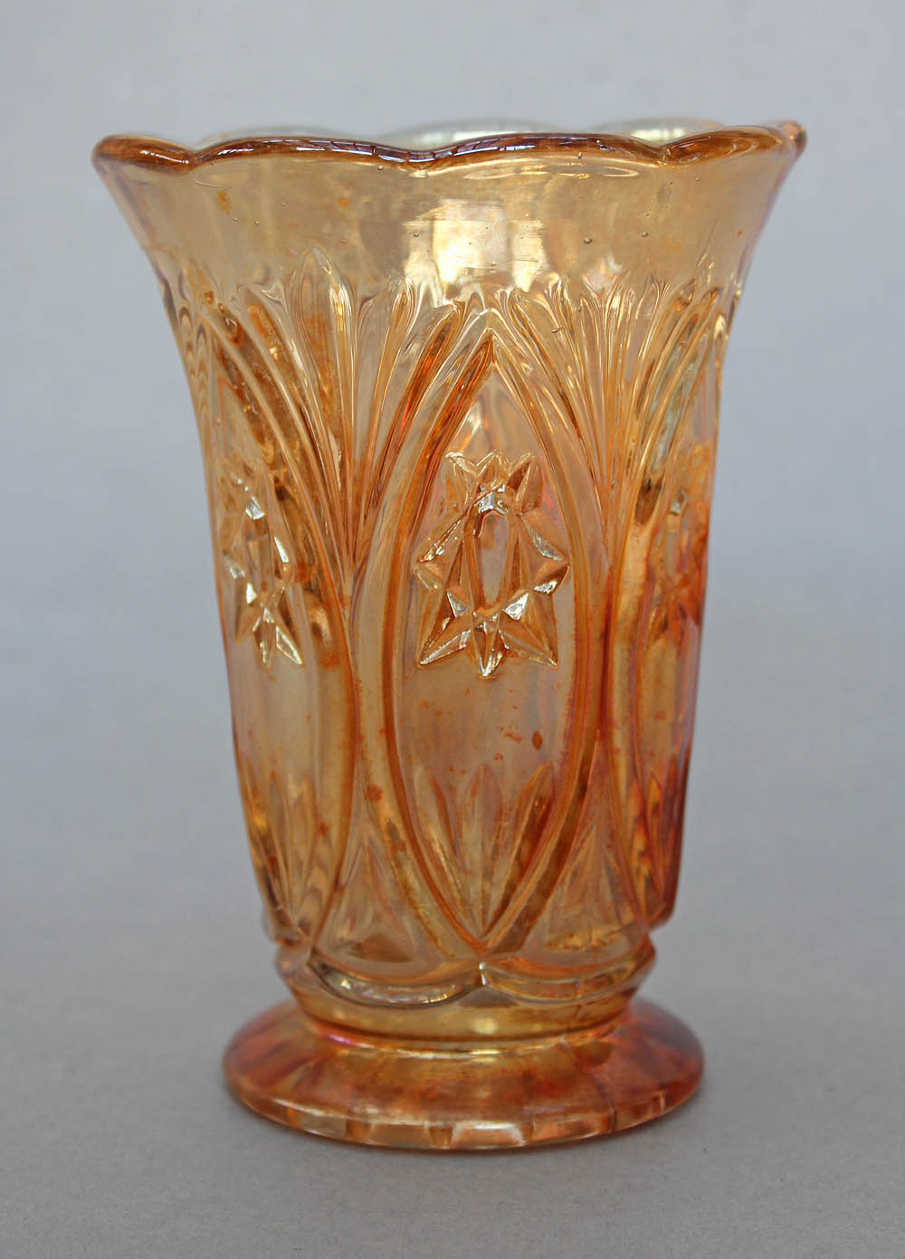 Hobstar Reversed celery vase, by Matthew Turnbull