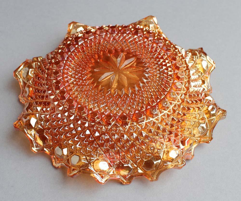 Chunky ruffled bowl in marigold