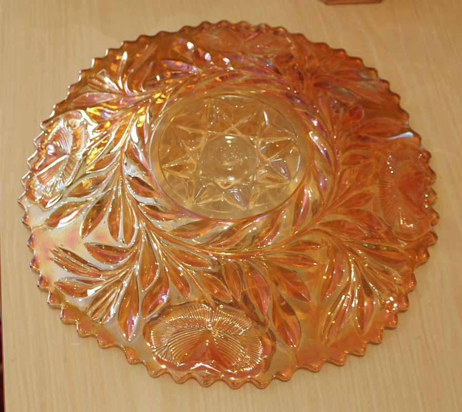 Western Thistle plate by Riihikimaki
