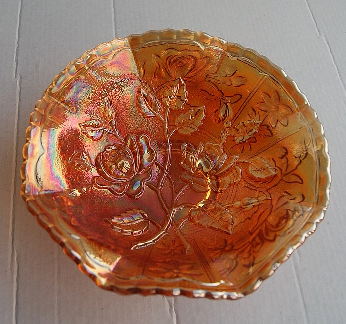 Open Rose ruffled bowl in marigold