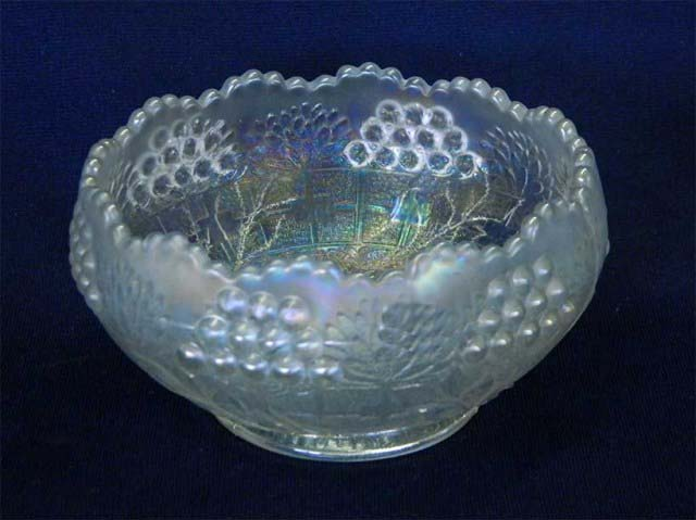Mirrored Lotus rose bowl - white