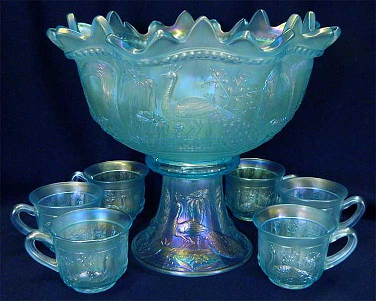 Peacock at the Fountain 8 pc. punch set - ice blue