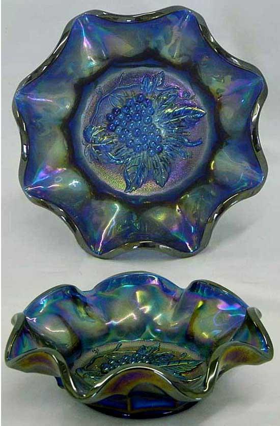 Heavy Grape, ruffled bowl, blue