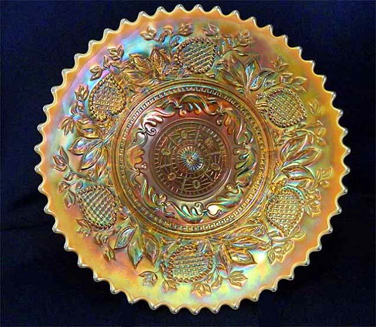 "Fanciful 9"" plate - peach opal"
