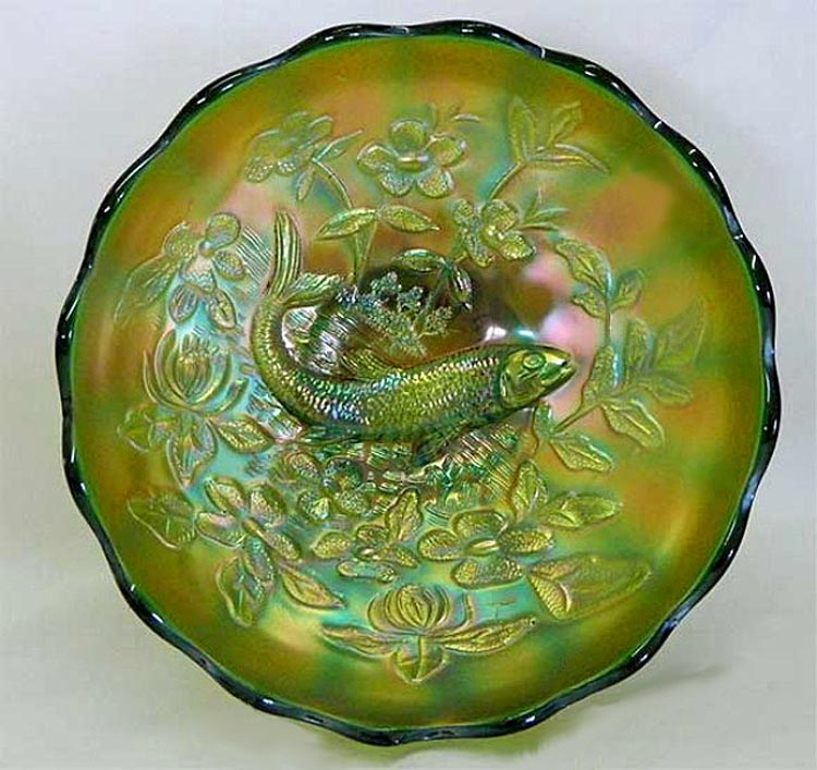 Big Fish IC shaped bowl - green satin